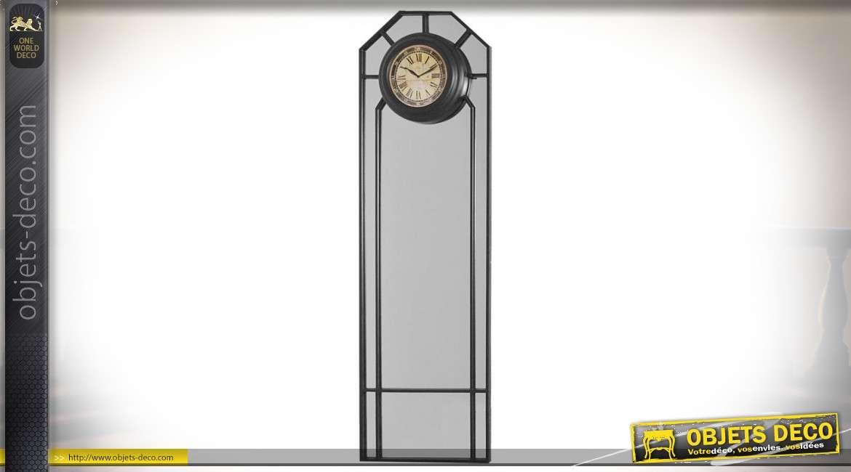 Grand miroir vintage en métal noir avec horloge rétro 167 cm
