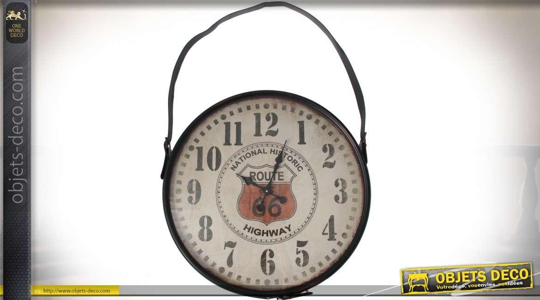 Horloge murale Route 66 avec anse de suspension en similicuir marron ø 66 cm