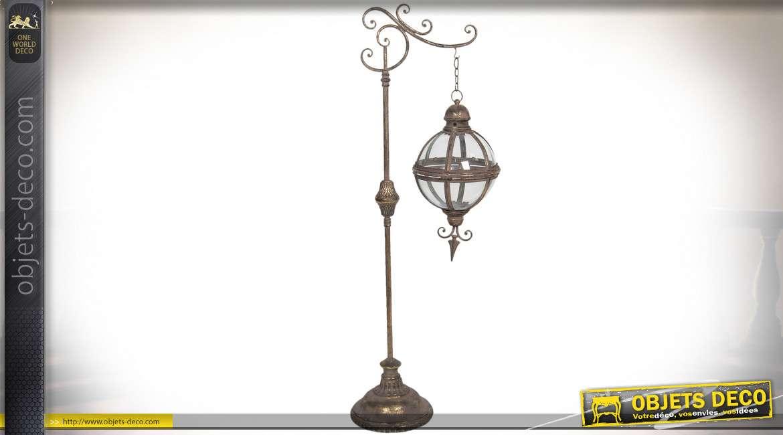 Lanterne sphérique suspendue en métal doré de style vintage avec potence 123 cm