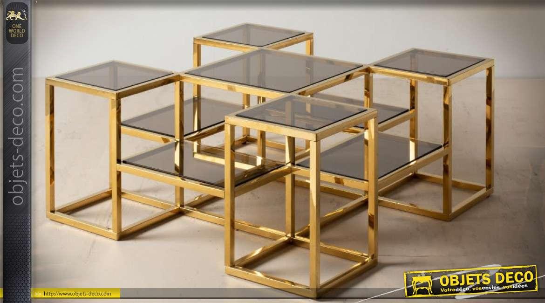 Table basse design multiniveaux en acier inoxydable doré et poli 100 x 100 cm