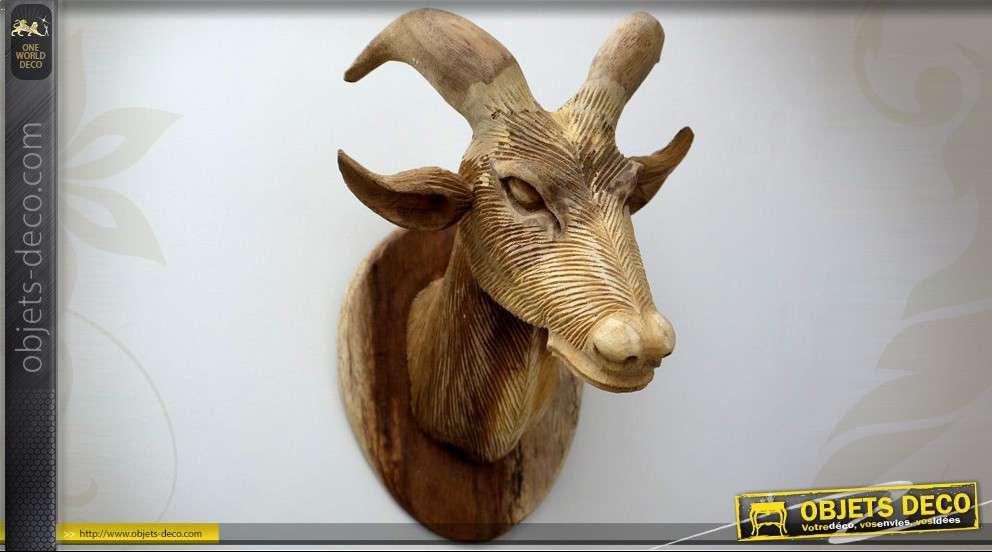 Sculpture murale en bois en forme de tête de chèvre