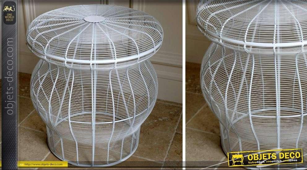 table basse ronde en m tal structure filaire coloris blanc. Black Bedroom Furniture Sets. Home Design Ideas