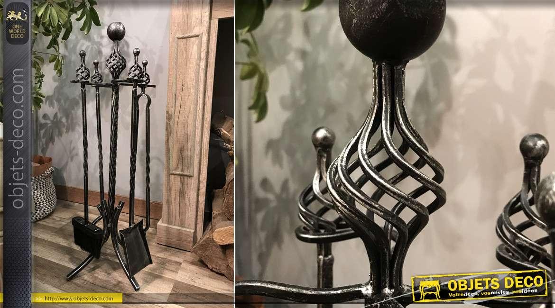 Serviteur de cheminée esprit fer forgé, esprit vieille maison de campagnes, formes torsadées et 4 accessoires, 76cm