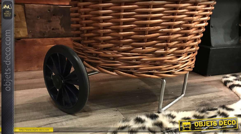 Chariot à courses/ chariot à buche en osier tressé, finition bicolore, esprit vieille campagne, 90cm