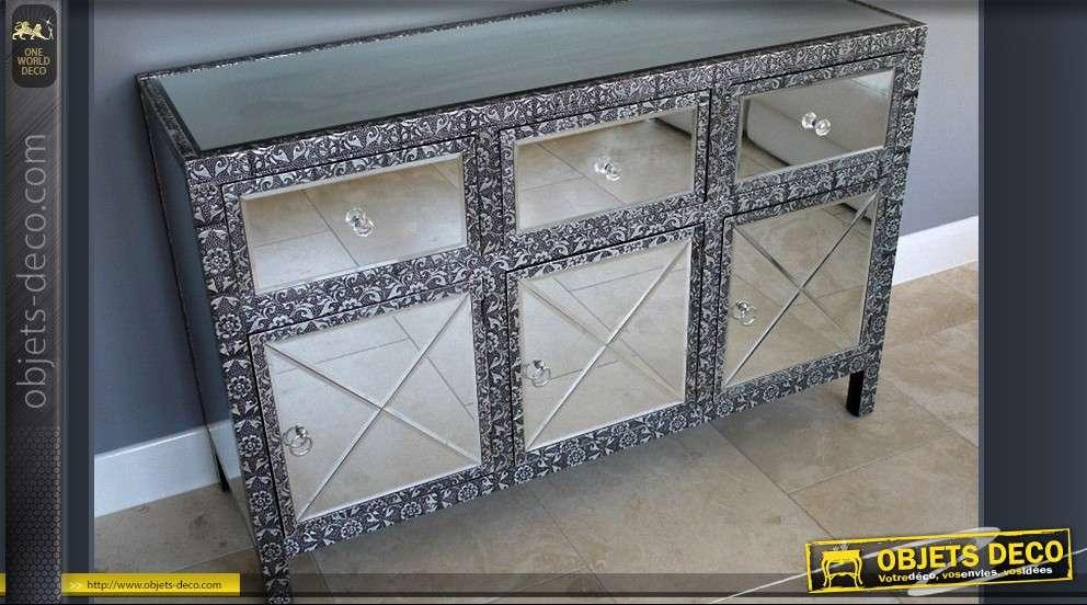 buffet 3 portes style marocain habillage en miroirs biseaut s. Black Bedroom Furniture Sets. Home Design Ideas