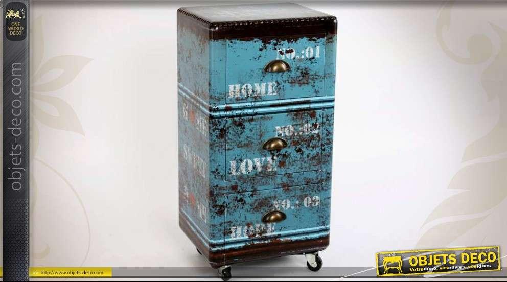meuble tiroirs roulettes de style industriel et grunge. Black Bedroom Furniture Sets. Home Design Ideas