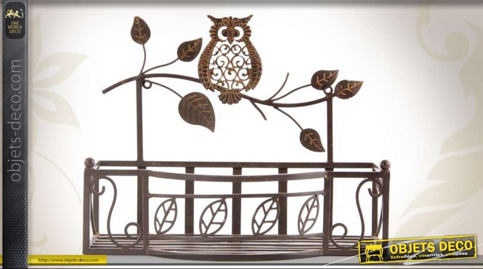 etag re murale fer forg d co feuilles et hibou coloris marron. Black Bedroom Furniture Sets. Home Design Ideas