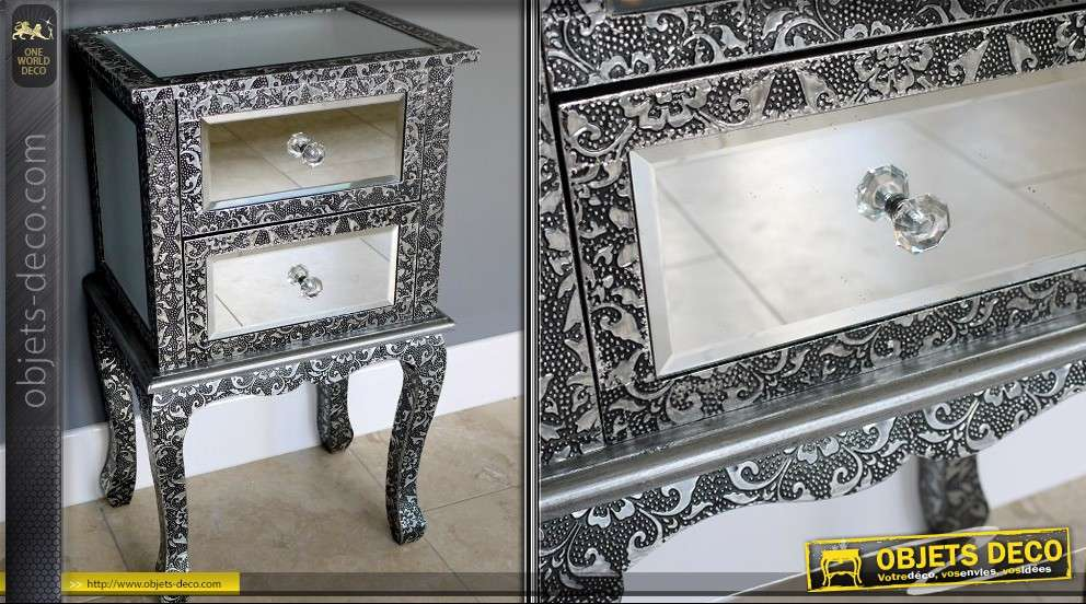table de nuit style marocain miroirs et embossage noir et argent. Black Bedroom Furniture Sets. Home Design Ideas