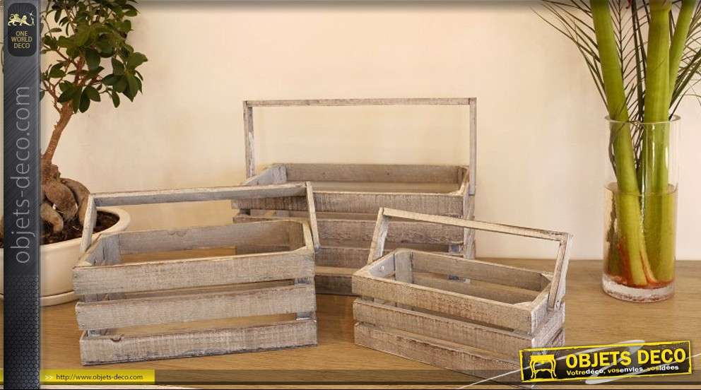 Série de trois paniers en bois style ancien avec anses