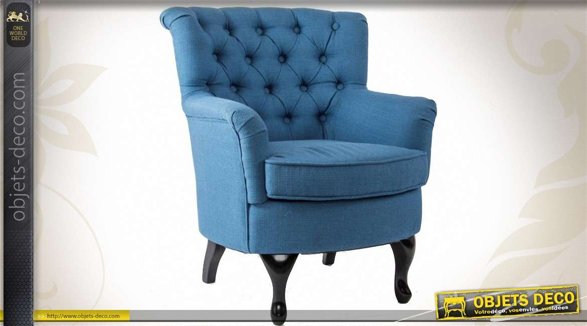 fauteuil en tissu capitonn de style ancien coloris bleu. Black Bedroom Furniture Sets. Home Design Ideas