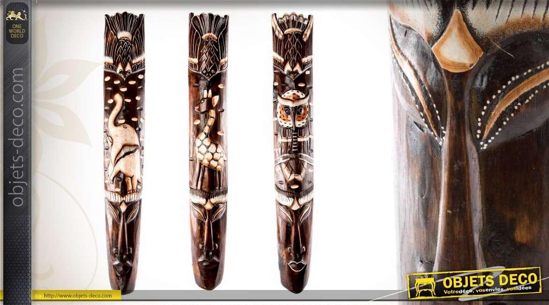 3 grands masques tribeaux africains sculpt s en bois 100 cm. Black Bedroom Furniture Sets. Home Design Ideas