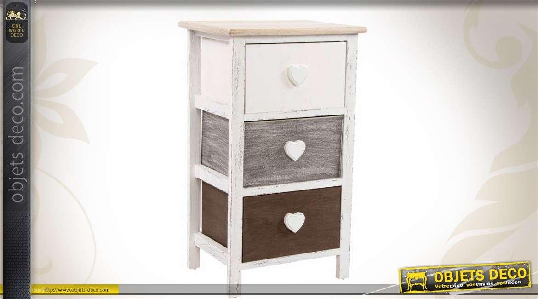 Table de chevet trois tiroirs style shabby chic for Petit meuble trois tiroirs