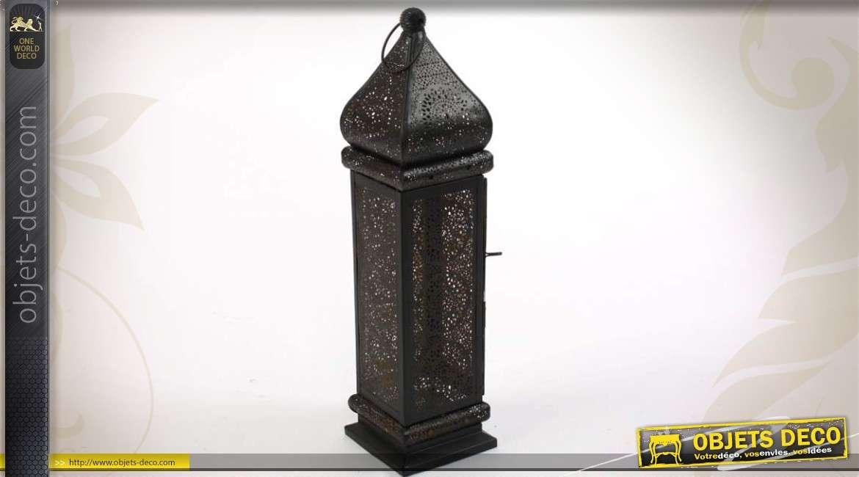 lanterne de style oriental effet moucharabi noire et dor e. Black Bedroom Furniture Sets. Home Design Ideas