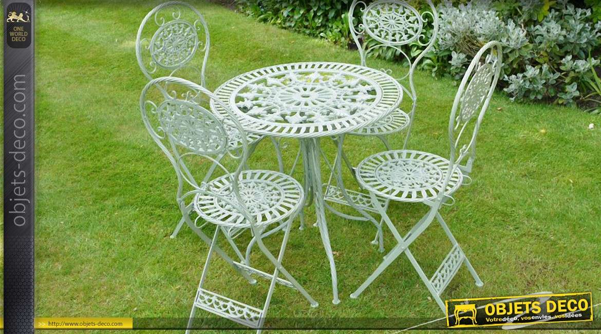 Beautiful salon de jardin fer forge vert ideas for Decoration fer forge pour jardin