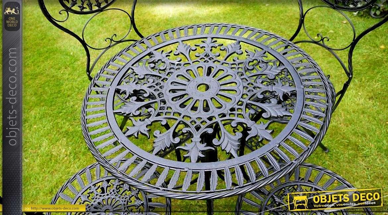 Salon de jardin 4 personnes. Fer forgé noir antique style rétro