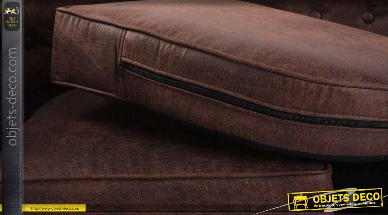 canap deux places style chesterfield coloris marron fonc. Black Bedroom Furniture Sets. Home Design Ideas