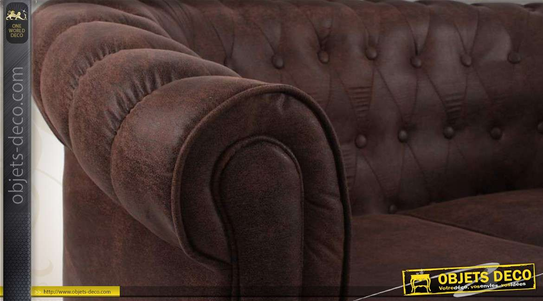 Canapé deux places style Chesterfield coloris marron foncé