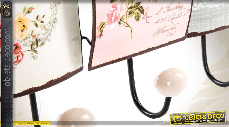 portemanteaux mural style vintage et romantique trois pat res. Black Bedroom Furniture Sets. Home Design Ideas
