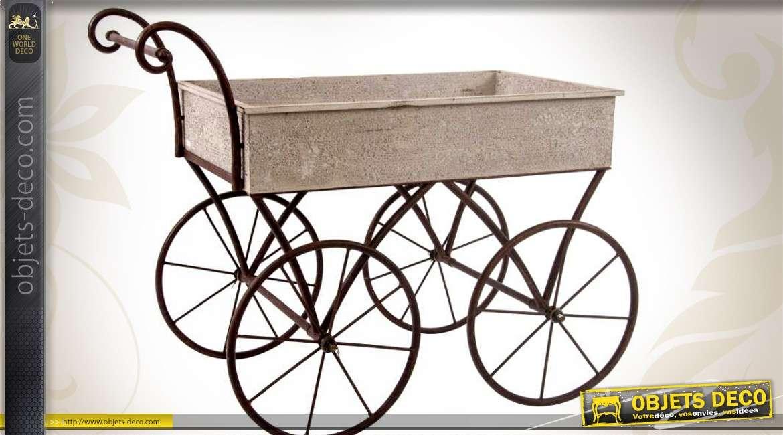 chariot jardini re en bois et m tal style r tro. Black Bedroom Furniture Sets. Home Design Ideas