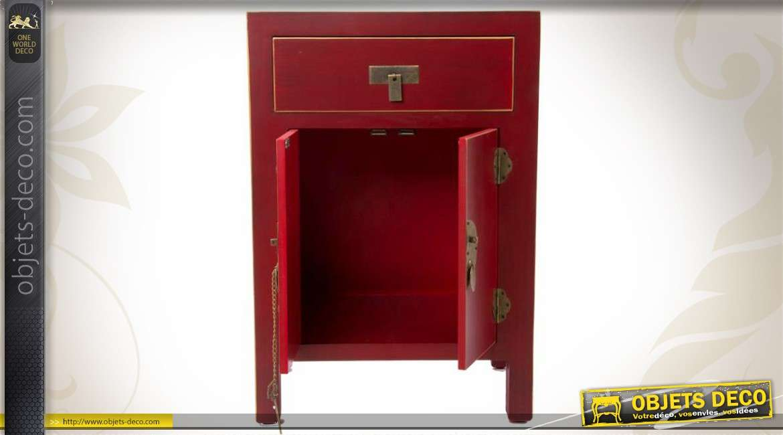 Petit cabinet de style japonais en bois et m tal coloris rouge for Console style japonais