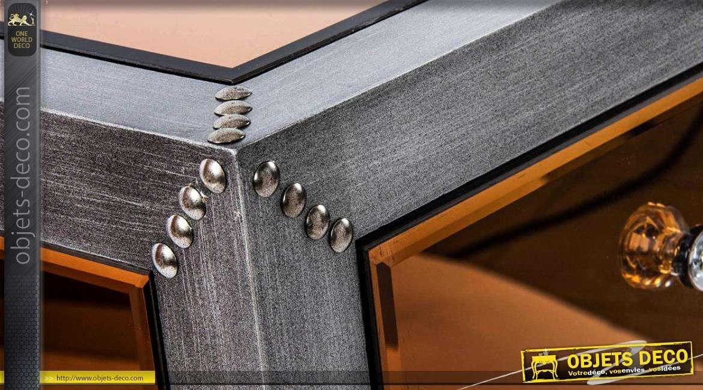 table de nuit style industriel finition miroir teinte cuivr e. Black Bedroom Furniture Sets. Home Design Ideas