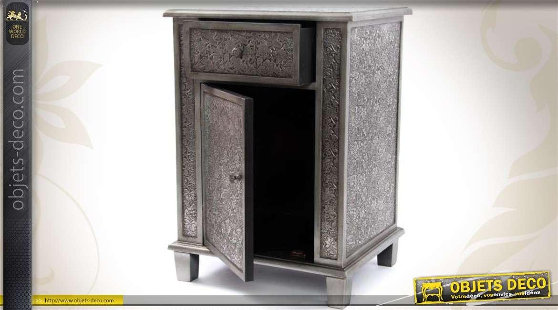 table de chevet 1 tiroir 1 porte style marocain noir et zinc. Black Bedroom Furniture Sets. Home Design Ideas