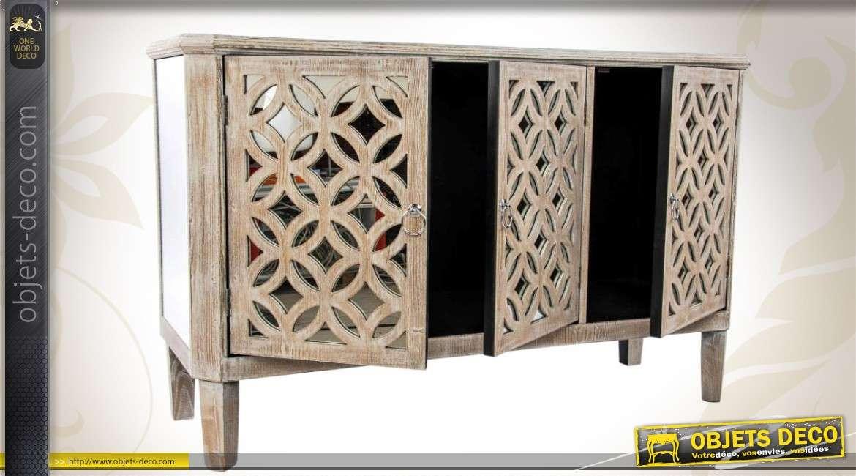 buffet 3 portes de style ethnique avec miroir. Black Bedroom Furniture Sets. Home Design Ideas