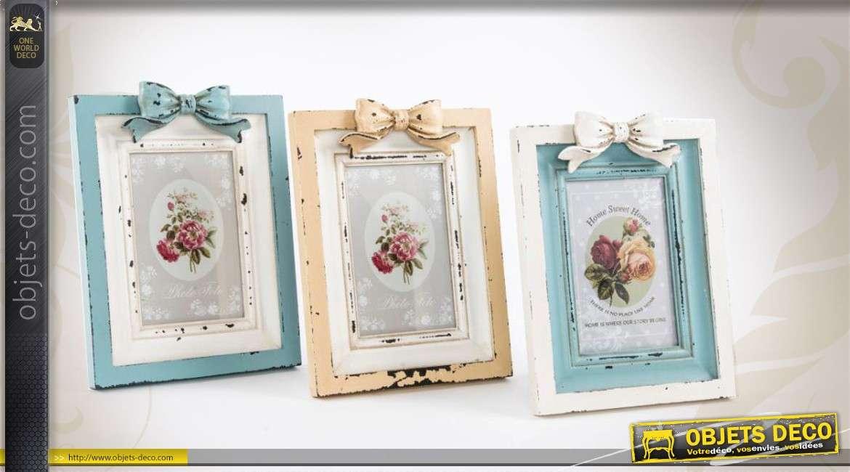 s rie de 3 cadres photos en bois de style r tro et romantique. Black Bedroom Furniture Sets. Home Design Ideas