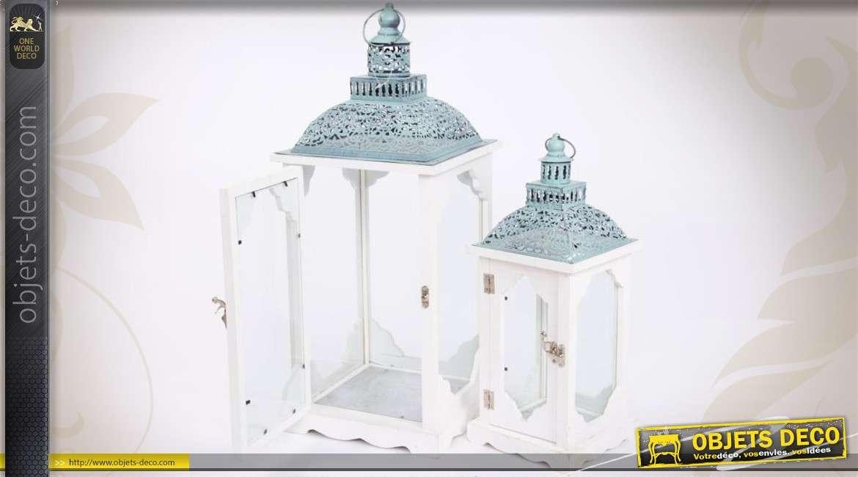 duo de lanternes bois et verre blanches et bleues. Black Bedroom Furniture Sets. Home Design Ideas