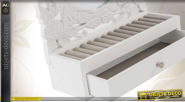 miroir ovale bo te bijoux. Black Bedroom Furniture Sets. Home Design Ideas