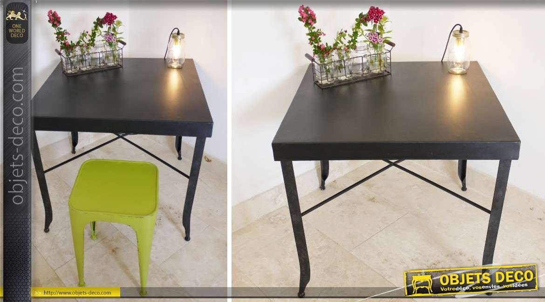 table en m tal de style industriel et r tro coloris noir mat. Black Bedroom Furniture Sets. Home Design Ideas