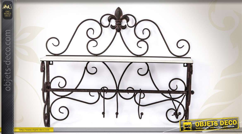 etag re murale finition fer forg avec 3 pat res. Black Bedroom Furniture Sets. Home Design Ideas