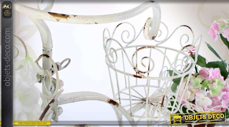 tricycle jardini re coloris cr me antique avec 3 porte. Black Bedroom Furniture Sets. Home Design Ideas