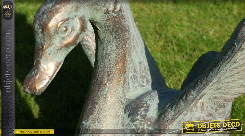 Grand cygne finition cuivrée et oxydée sculpture animalière