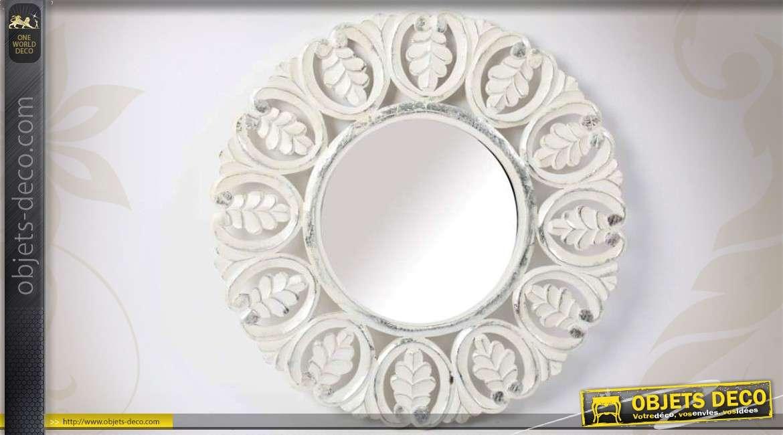 Grand miroir sur pied psych patine blanc antique for Miroir 3 pans