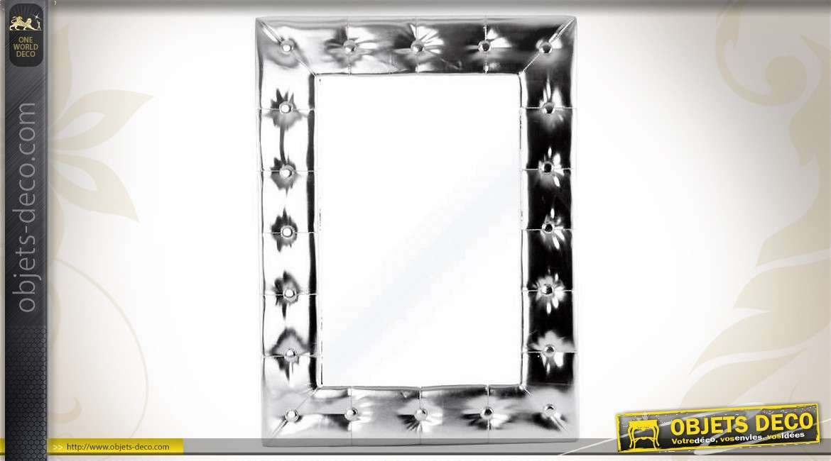 Miroir mural argent brillant en similicuir finition for Deco miroir mural