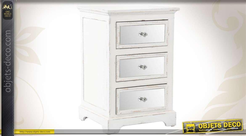 table de chevet bois et miroir. Black Bedroom Furniture Sets. Home Design Ideas
