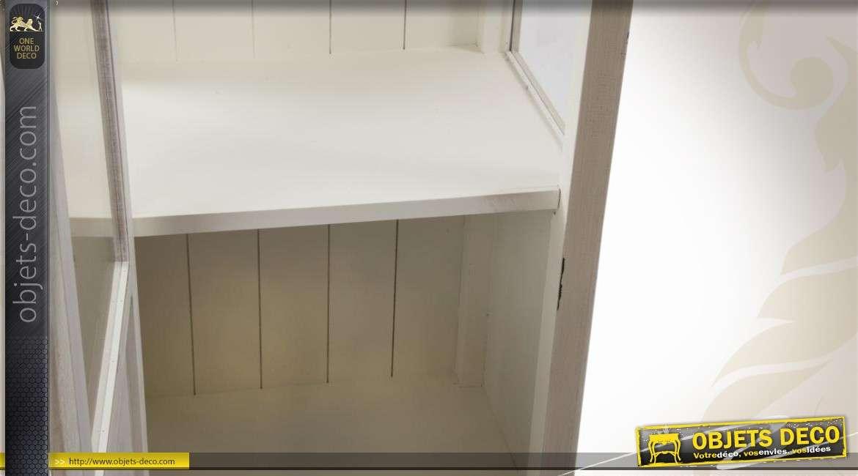 vitrine de style campagne en bois et verre coloris cr me antique. Black Bedroom Furniture Sets. Home Design Ideas