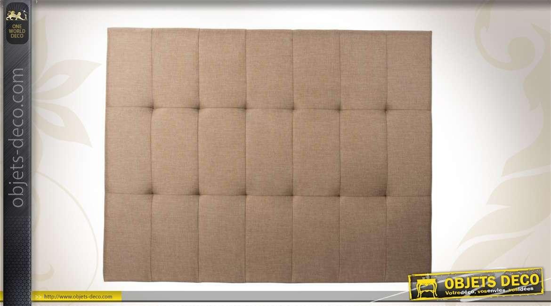 t te de lit capitonn e en tissu couleur beige. Black Bedroom Furniture Sets. Home Design Ideas