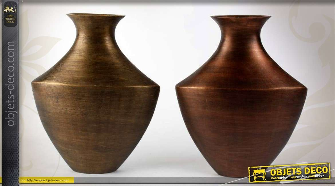 2 vases design aluminium finition bronze vieilli et cuivre ancien. Black Bedroom Furniture Sets. Home Design Ideas
