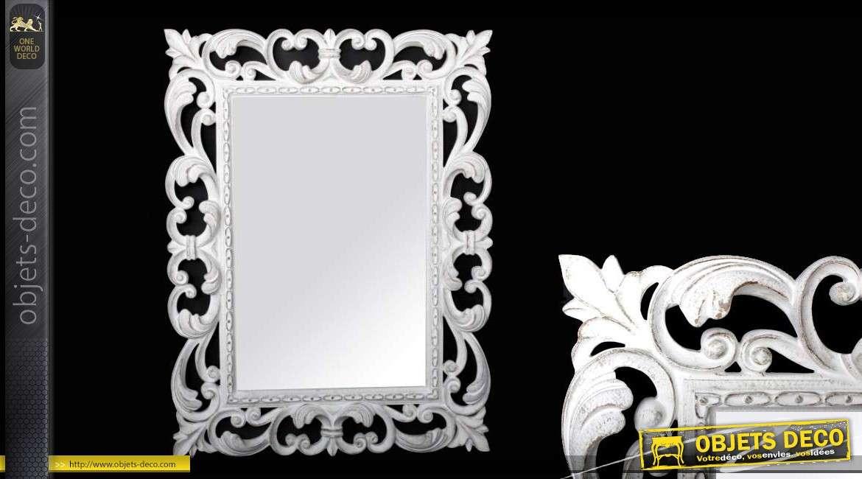 Miroir mural de style baroque coloris blanc vieilli for Miroir blanc vieilli