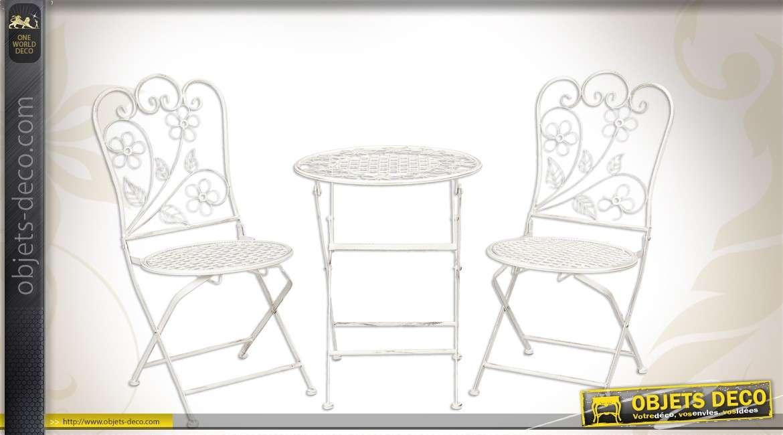 Salon de jardin enfant avec 1 table et 2 chaises