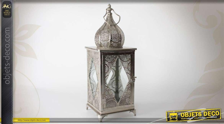 lanterne en m tal et verre de style ethnique. Black Bedroom Furniture Sets. Home Design Ideas