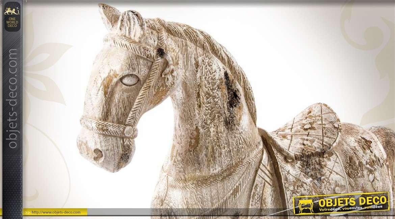 Statuette de cheval imitation bois ancien blanc vieilli 45 cm for Objet deco animaux
