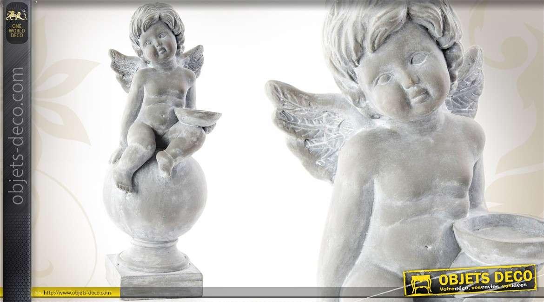 statuette d 39 ange assis sur une boule finition gris pierre 50 cm. Black Bedroom Furniture Sets. Home Design Ideas
