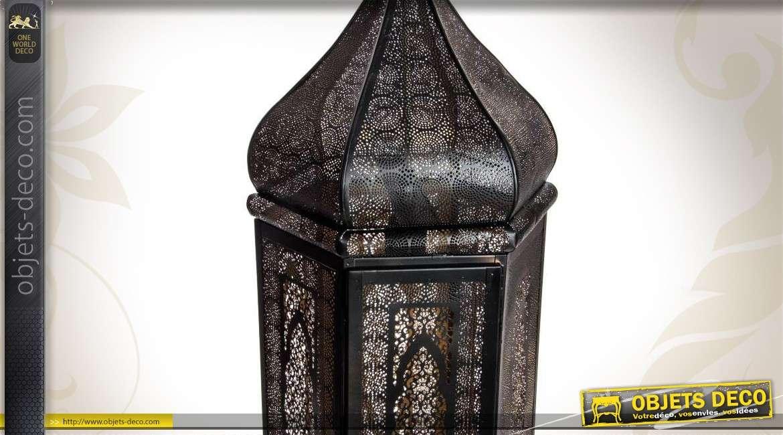 lanterne lectrifi e style ethnique en m tal effet. Black Bedroom Furniture Sets. Home Design Ideas