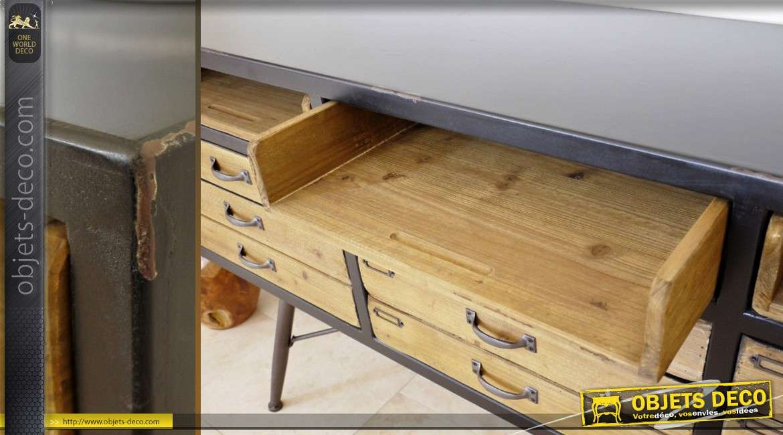 buffet en bois et m tal de style industriel et vintage. Black Bedroom Furniture Sets. Home Design Ideas