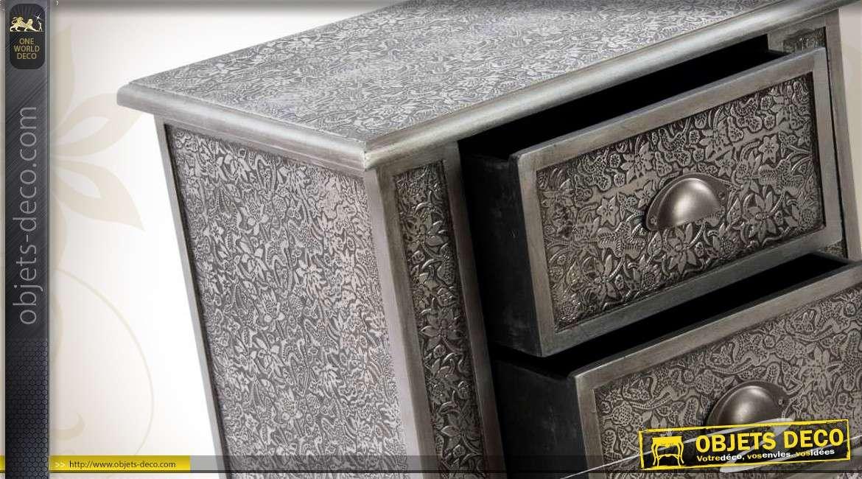 table de nuit 3 tiroirs style marocain finition noir et zinc. Black Bedroom Furniture Sets. Home Design Ideas