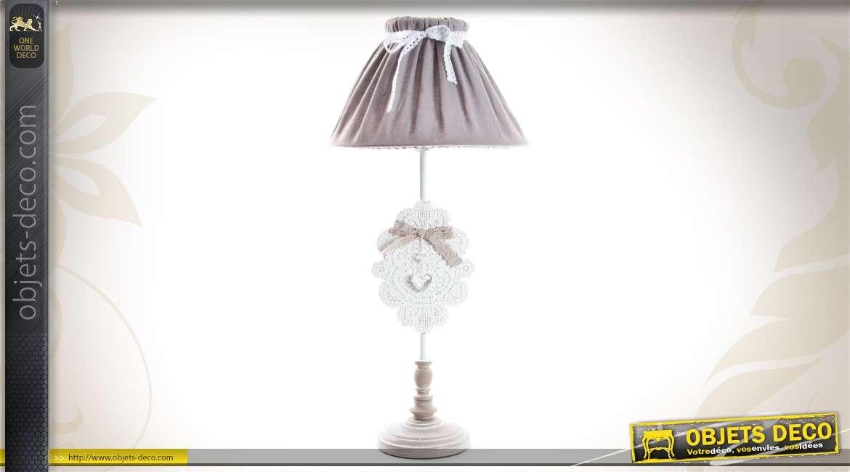 Lampe De Table De Style Romantique Avec Abat Jour A Ruban