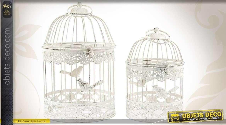 2 cages oiseaux rondes en m tal coloris blanc effets vieillis - Meubles blancs vieillis ...